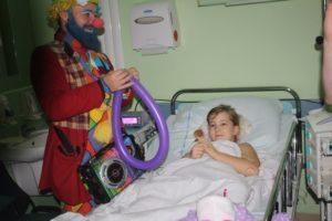 Mikołajki chirurgia dziecięca w Szpitalu Uniwersyteckim im. dr. A. Jurasza.jpg 2